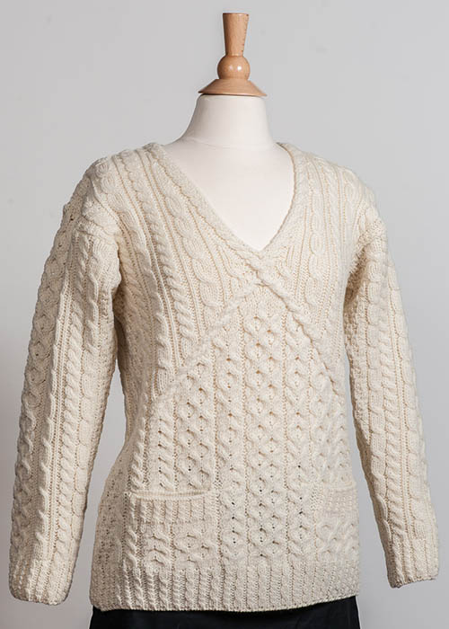 Women's Irish Wool Sweater - Ivory V-Neck Aran