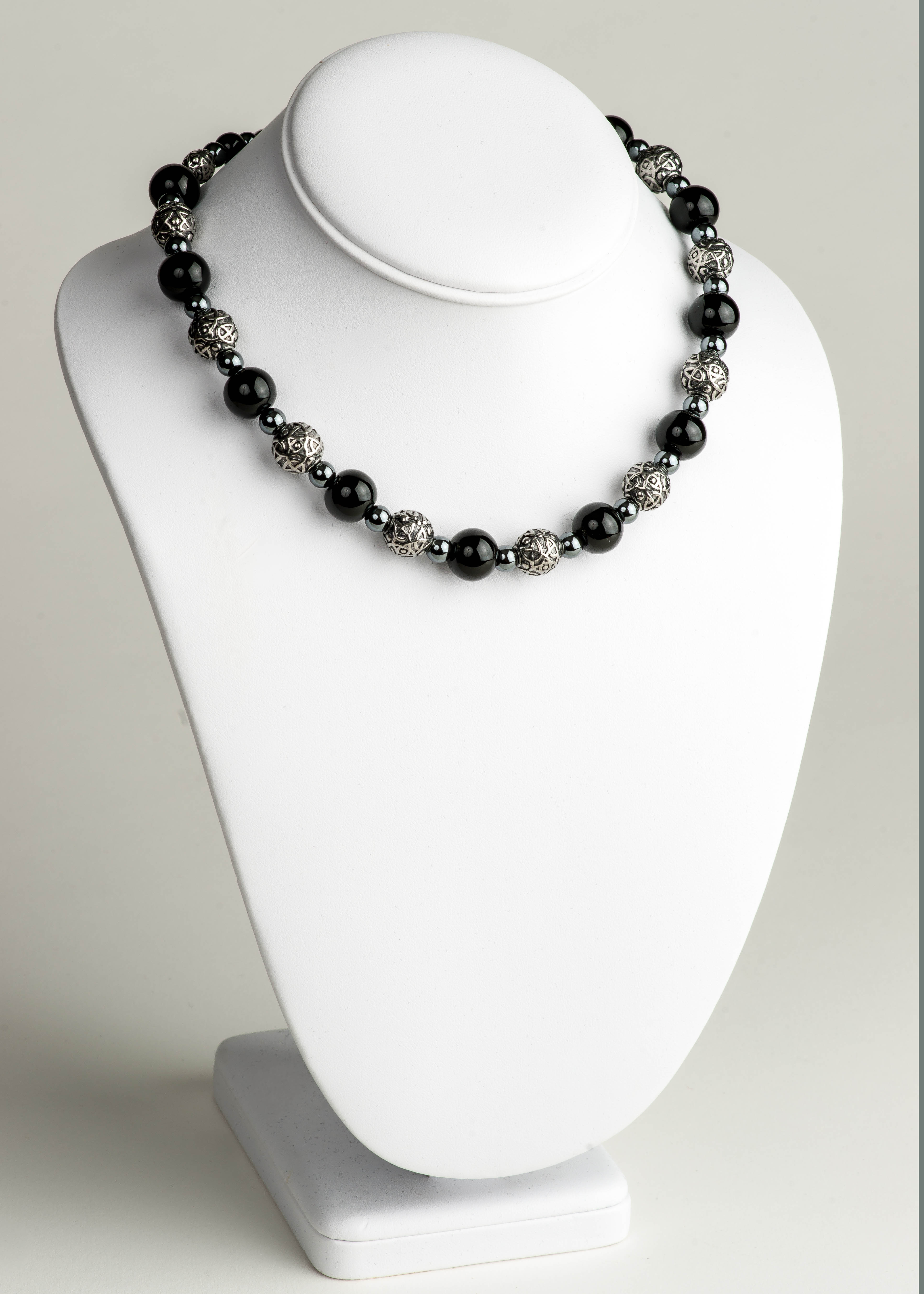Celtic Black Onyx Necklace - Big Beady