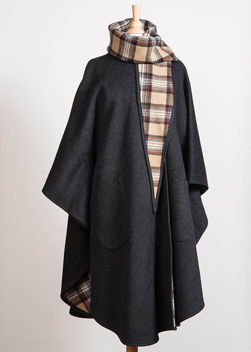 Soft Wool Cape - Double-faced Charcoal